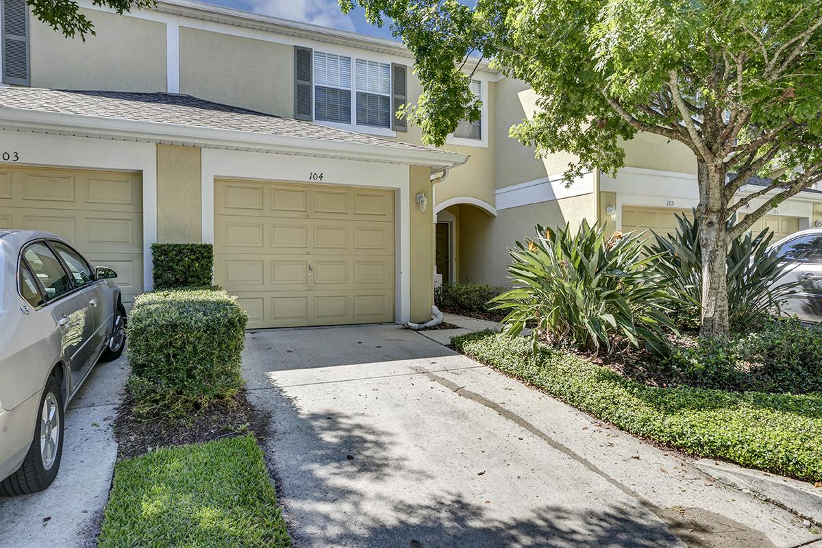 6104 Twain ST, #14, Orlando – FL, 32835